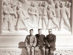 曲阳石匠主雕人民英雄纪念碑(组图)